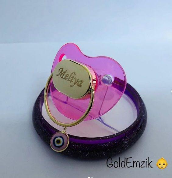 Altın Emzik Kız Modeli Nazarboncuklu EM-504
