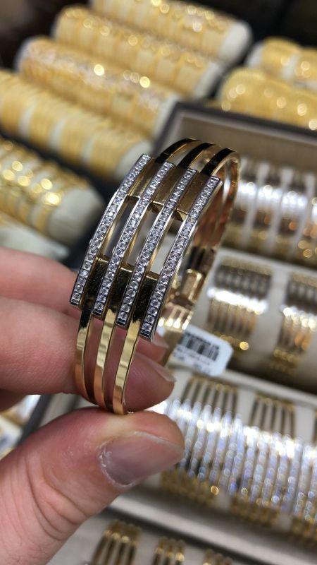 Altın Kaburga Kelepçe 4 Sıra Taşlı KLP-6552141